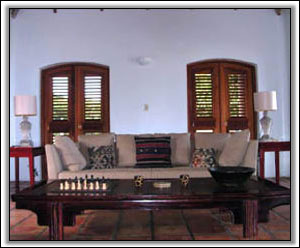 Tastefully Decorated Sitting Room - Holiday Villas