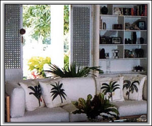 Caribbean Garden Motif Adorns The Interior - Holiday Rentals
